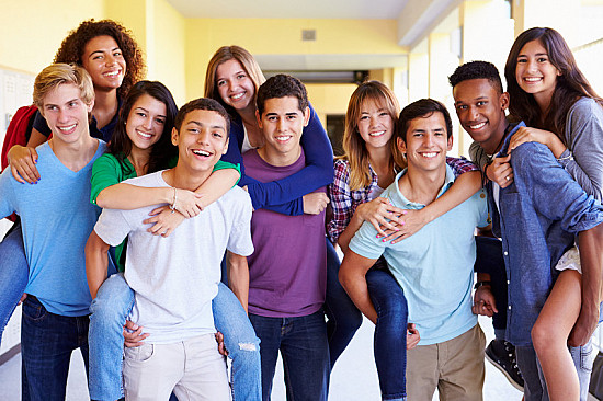 Teens with upbeat friends may have better emotional health featured image