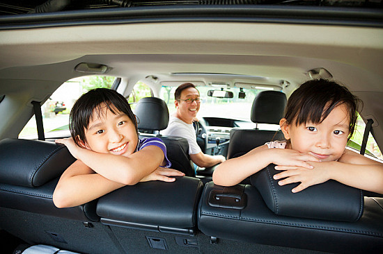 Holiday travels: Keeping kids safe and healthy featured image