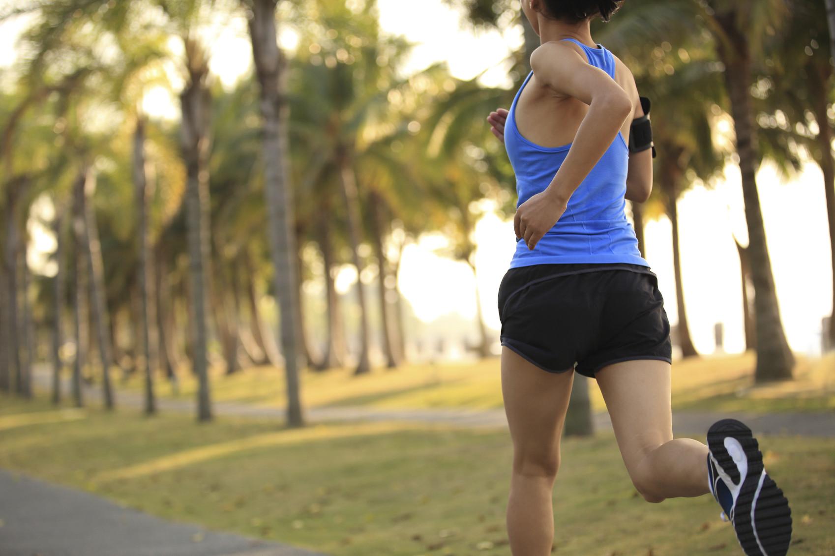 Healthy-woman-running-exercise-fitness-iStock_000054551530_Medium