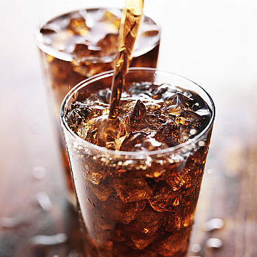 Why pregnant women should avoid artificially sweetened beverages featured image