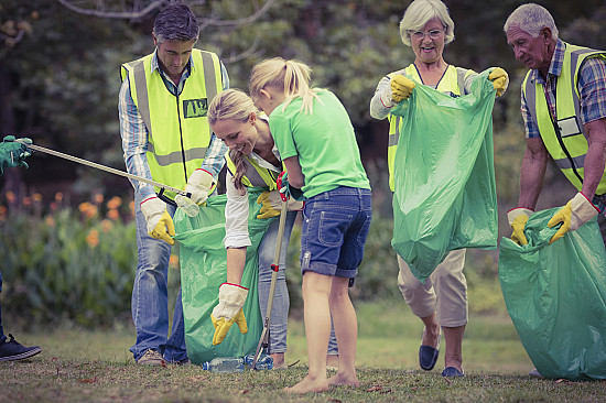 The many ways volunteering is good for your heart featured image