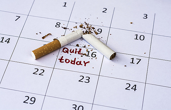 Quitting smoking during the second half of the menstrual cycle may help women kick the habit featured image