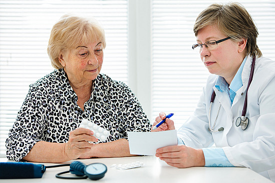 Taking medications correctly requires clear communication featured image