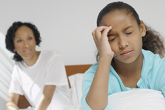 8 things to watch for when your child has a headache featured image