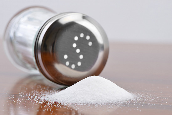 Sticking to a low-salt diet when eating out featured image