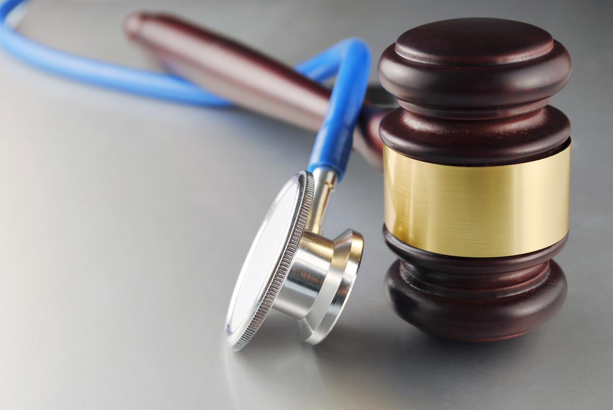 stethescop-mallet-law-act-iStock-158714378