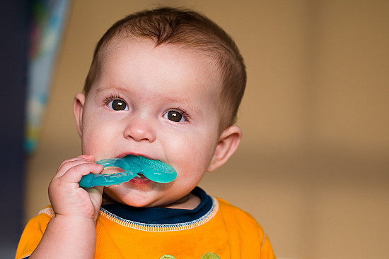 Teething-pain remedy dangers featured image
