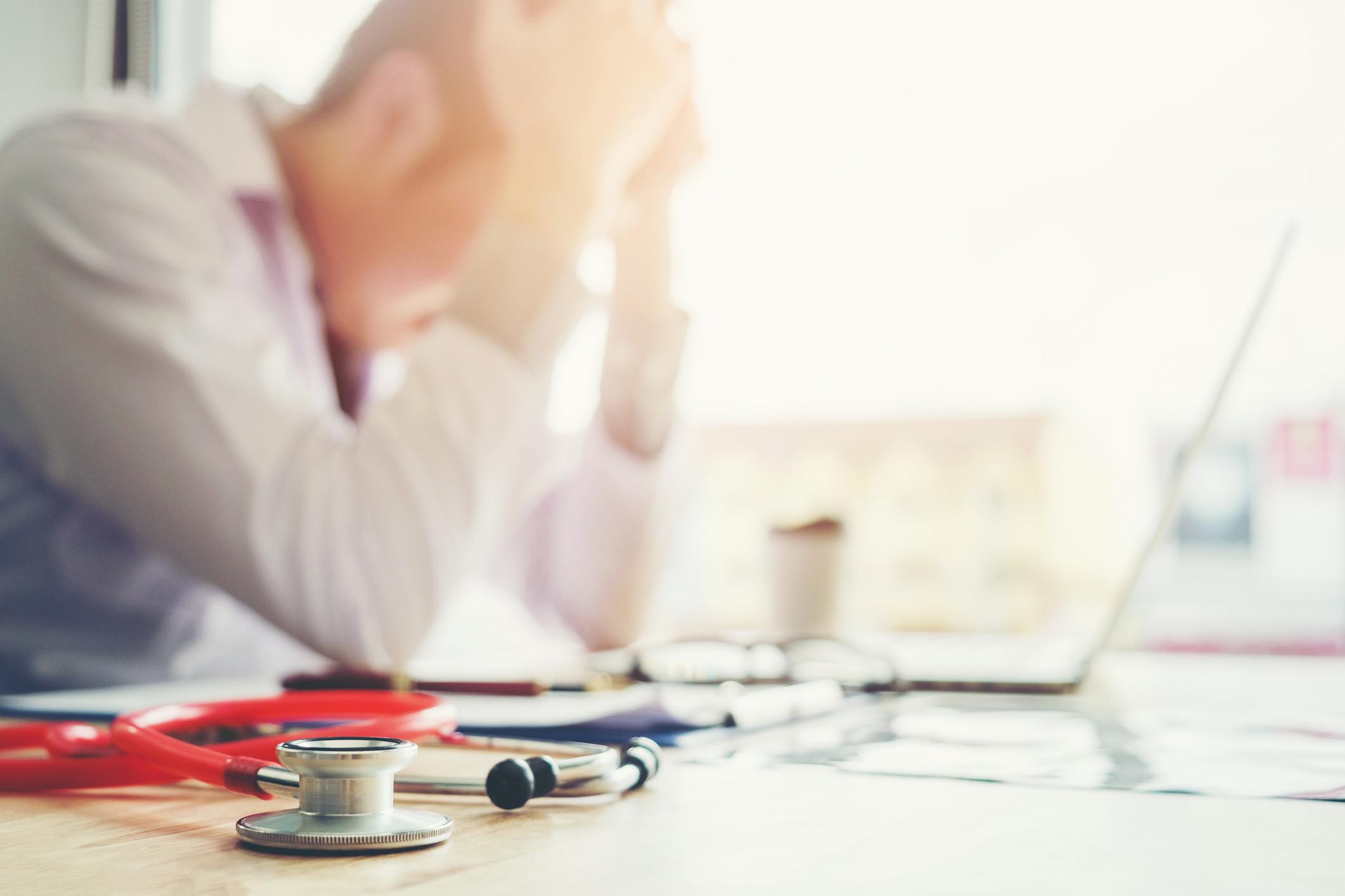 Doctor-Burnout-iStock-Sarinyapinngam_865228192