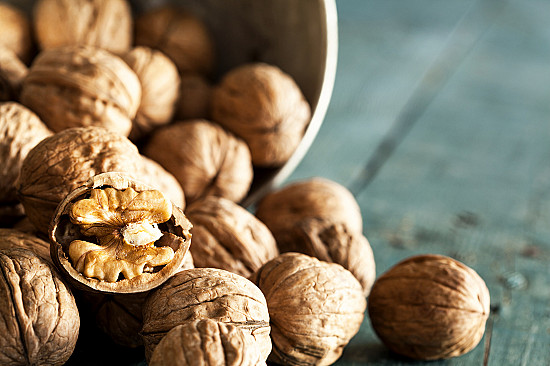 Health benefits of walnuts featured image