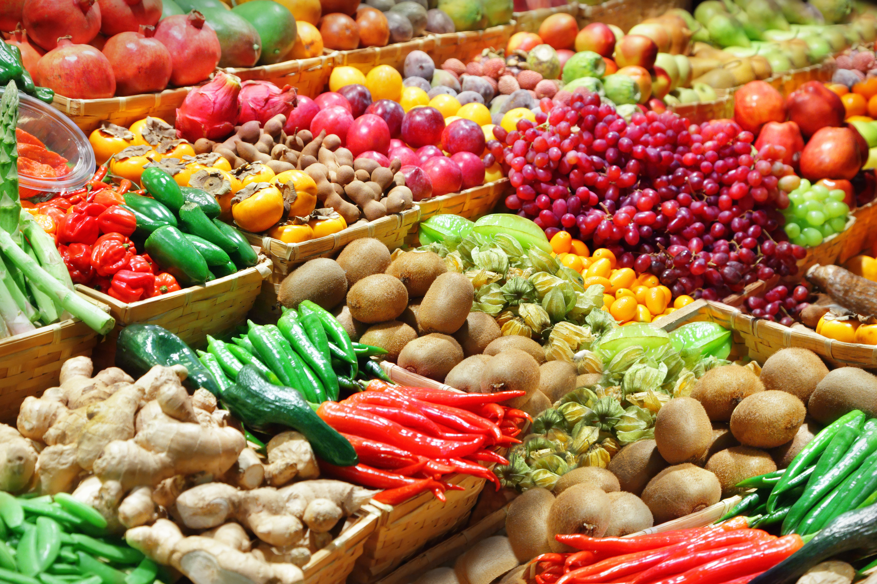 bigstock-Fruits-And-Vegetables-36840977