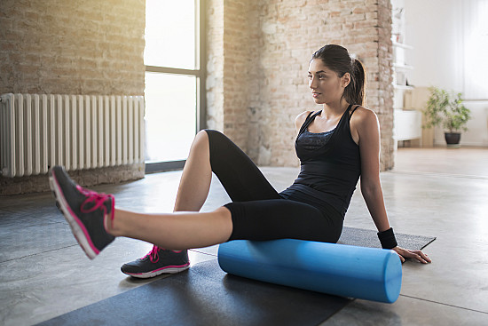 What to do with that foam roller at the gym? featured image
