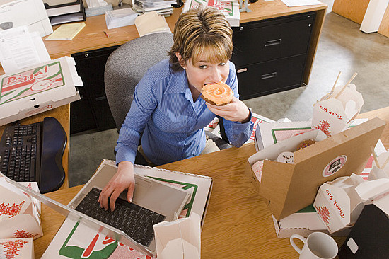 Stress-eating: Five strategies to slow down featured image